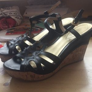 Guess brand Black Wedges